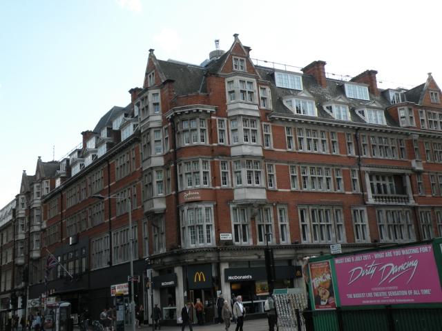 London, England - Jun 11, 2011